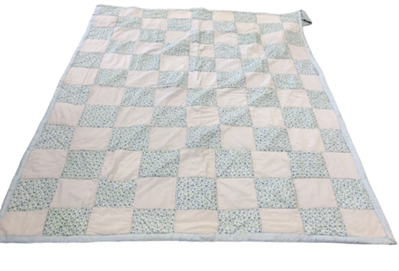 9-Patch Quilt w/2 pillowcases(Blue Foral)